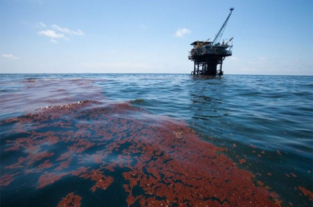 عملیات انجام شده آلودگیهای محدوده سکوهای نفتی خلیج فارس تشریح شد