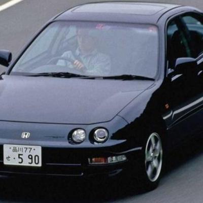 """جذاب ترین خودروهای جهان با چراغ اصلی ۴ تایی/ از """"سیلور شدو"""" تا """"مانتا"""" (+عکس)"""