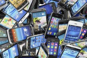 واردات ۶۰۱ میلیون دلار تلفن همراه از اوائل رجیستری