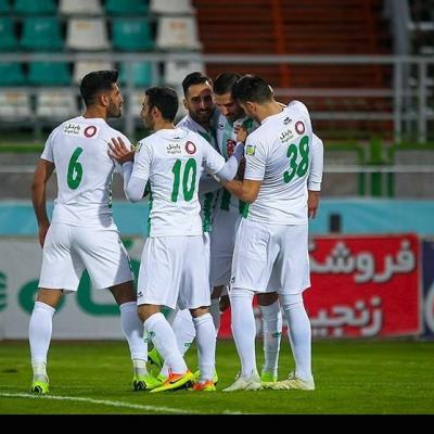 اصفهان| تداوم تمرینات تیم فوتبال ذوبآهن با حضور مدیرعامل+ عکس