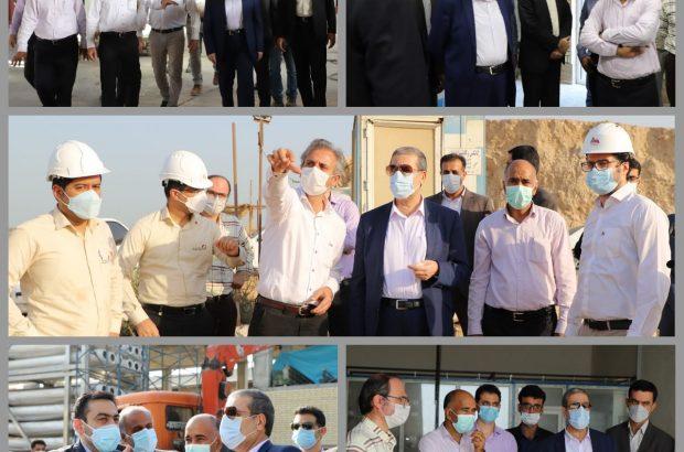 استاندار بوشهر از ۳ پروژههای آبشیرینکن ۳۵ هزار، ۱۷ هزار بوشهر و ۱۰۰۰ مترمکعبی جزیره شیف بازدید کرد