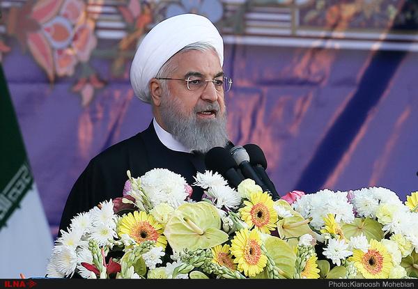 نمیگذاریم تروریستها از دست انتقام الهی و مردم مومن ایران فرار کنند/ هدف دشمن تفرقه بین قوای سه گانه و نیروهای مسلح است