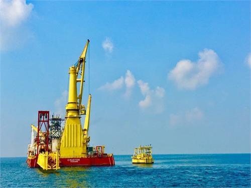 دومین گوی شناور بارگیری و صادرات میعانات گازی پالایشگاههای سایت ۲ پارس جنوبی با موفقیت نصب شد.