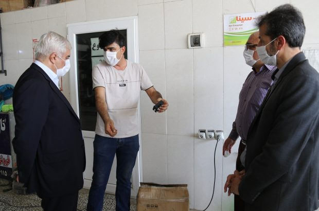 بازدید مدیر منطقه بوشهر از کارگاه مجاز دو گانه سوز کردن خودروهای عمومی