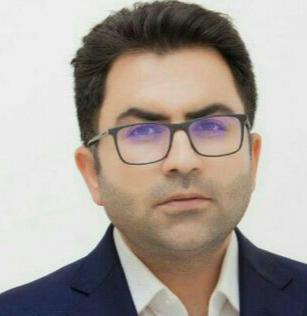 """مدیر مسئول روزنامه اتحاد ملت :""""رئیسی"""" اصلاح طلب تر از مدعیان اصلاح طلبی"""