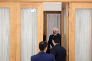 رحیمی خبر داد: بررسی پشت پرده  استعفای ظریف در مجلس