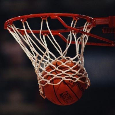 تیم بسکتبال نبوغ سرمایش اراک به لیگ برتر فوتبال کشور راه یافت