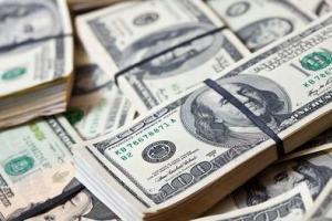 دلار  با ۱۰۴۸۰ تومان به سنا بازگشت
