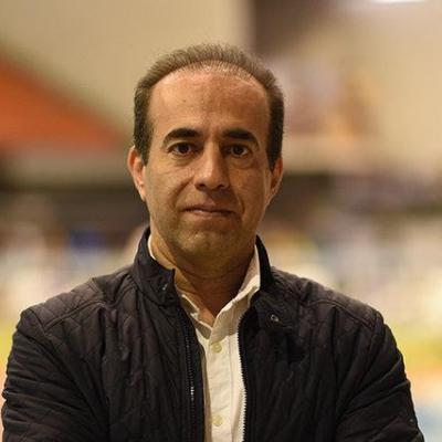 دبیر فدراسیون شنا: به دلیل کاغذ بازی هنوز استخر آزادی را تحویل نگرفتهایم
