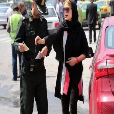 رهبری تاکید کردند امر به معروف و نهی از منکر  به جوراب زنان گیر دادن نیست/ تشکیل ستاد احیای امر به معروف و نهی از منکر