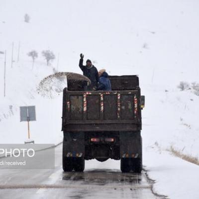 برفروبی بیش از ۶۰۰۰ کیلومتر راه اصلی و روستایی در لرستان