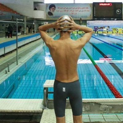 واکنش تند مدیر تیمهای ملی شنا به واگذاری استخر قهرمانی آزادی
