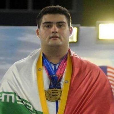 هنوز فاصله زیادی تا جایگاه بزرگان وزنهبرداری ایران دارم/ برای کسب سهمیه ۳ مسابقه دیگر دارم/ هدف اصلی من مدال طلای المپیک توکیو است