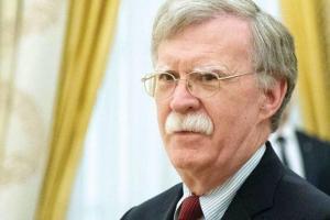 بولتون برای دیدار با مقامهای روسیه وارد مسکو گردید