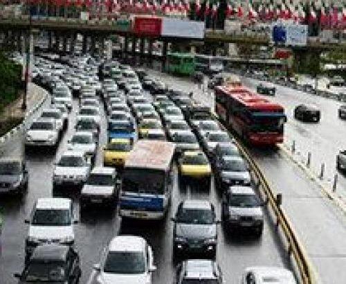 شاهرگ اصلی حیات اقتصادی در جامعه، حمل و نقل است