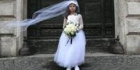 «کودک همسری»؛ برنامه ای بین قبول کنندگان و مخالفان