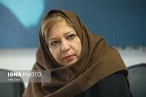 خاطرات یک روزنامه نگار زن از گفت و گو با سران حکومت در دهه ۶۰