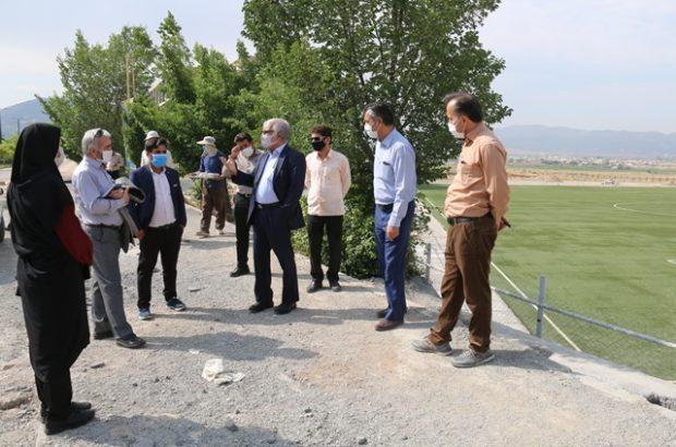 بازدید رئیس و جمعی از مسئولان دانشگاه از پروژه های عمرانی دانشگاه یاسوج/ تاکید دکتر عریان بر سرعت بخشی در اتمام پروژه ها
